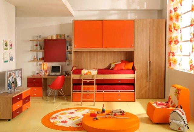 Веселый оранжевый интерьер