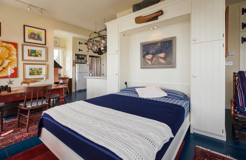 Кровать Мёрфи в разложенном виде