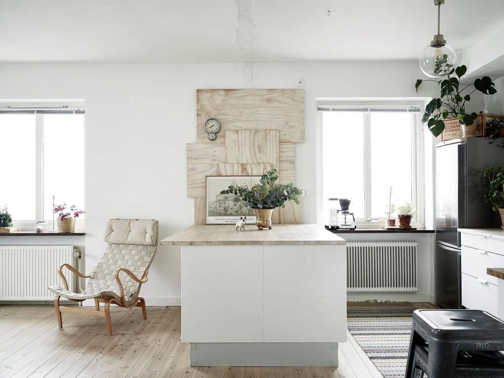 Кухня отделена стойкой-столом