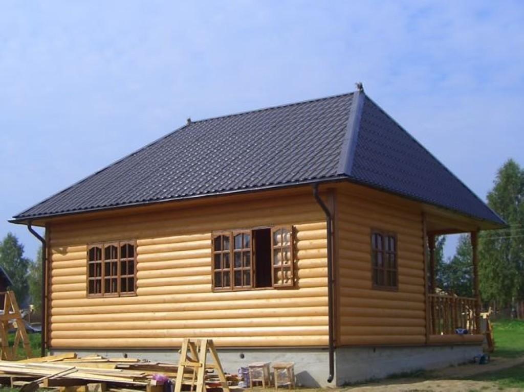 Фото: одноэтажный дом с обшивкой блок-хаус