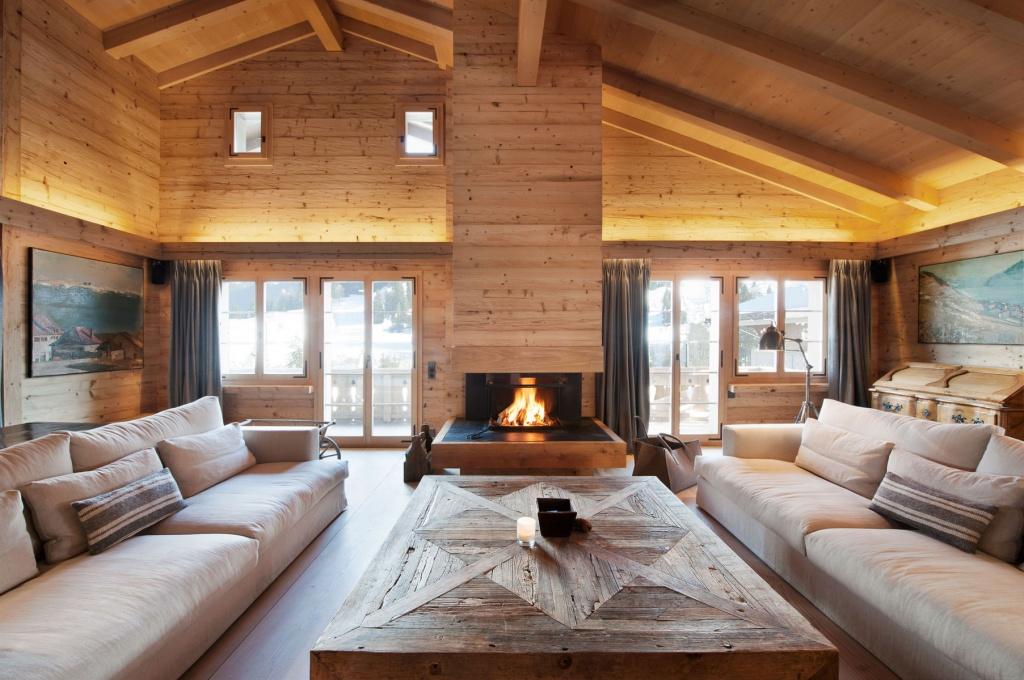 Мягкая мебель в гостиной