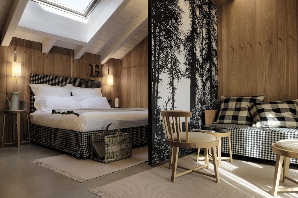 Клетчатый текстиль в интерьере спальни