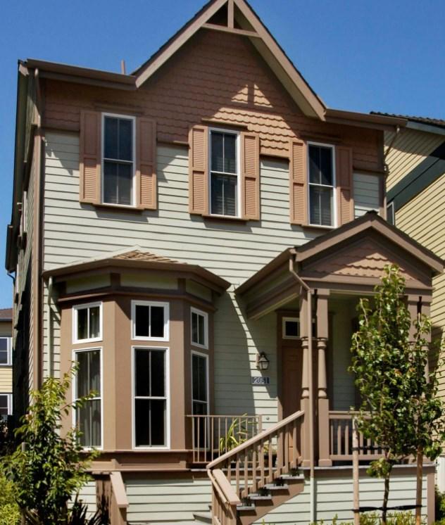 2. Дом в викторианском стиле с отделкой современными материалами.jpg