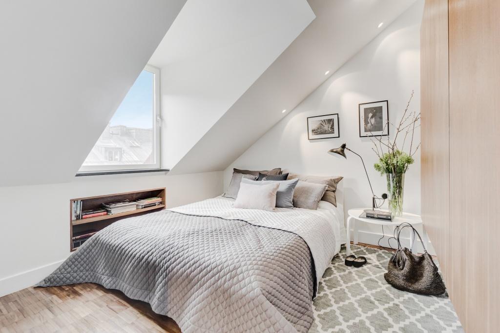 Дизайн двухкомнатной квартиры чешки в стиле лофт со спальней