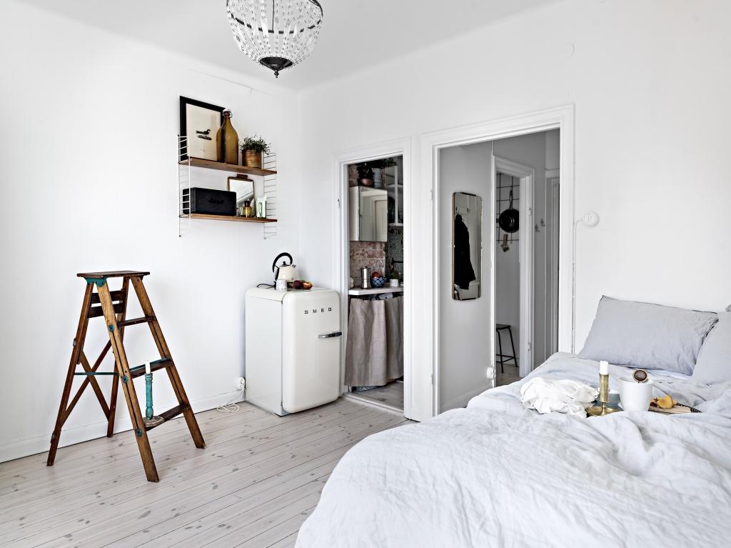 Кухня-кладовка в малогабаритной квартире