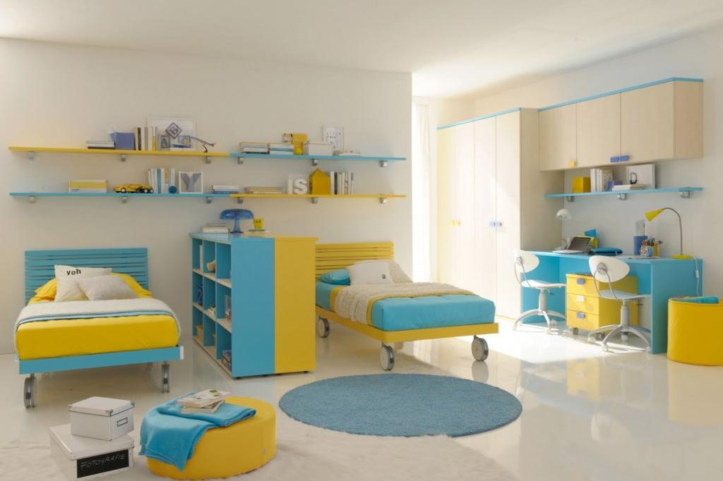 Оригинальное решение пространства в дизайне комнаты для двух мальчишек подросткового возраста