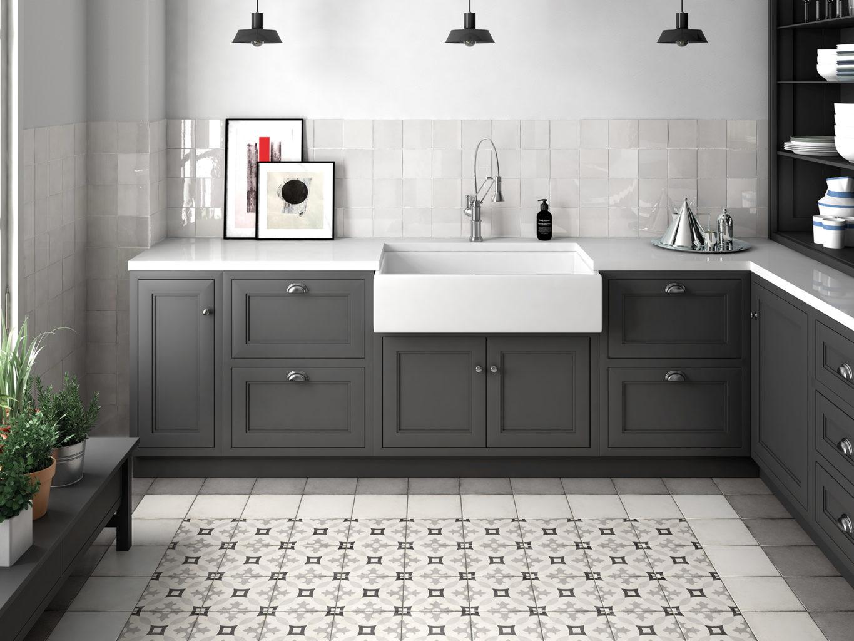 Плитка в дизайне интерьера кухни