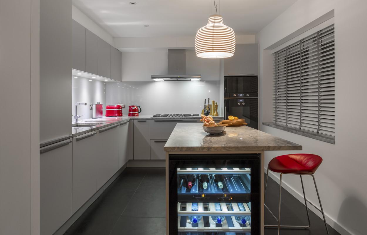 простой, современный дизайн кухни