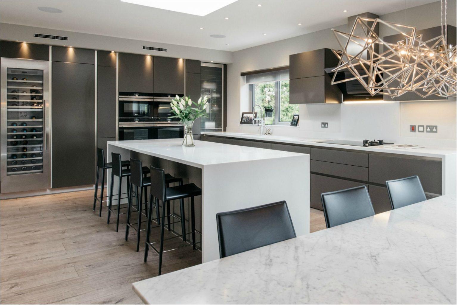 мужественный дизайн интерьера кухни столовой