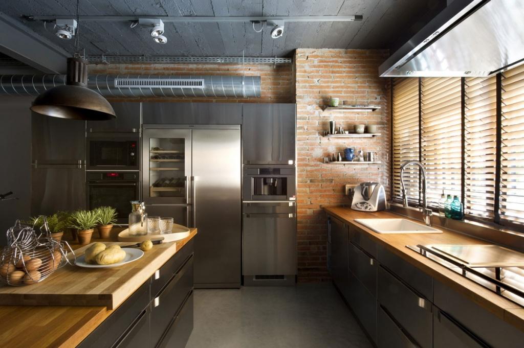 Как сохранить безупречный вид изделий из нержавеющей стали на вашей кухне